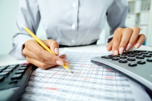 choosing-the-right-payroll-provider-for-your-business