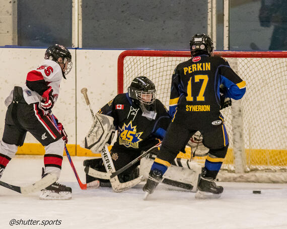 Hockey photo by Iain Morton