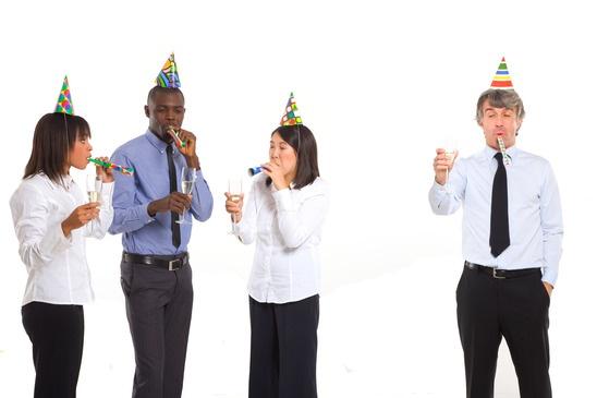 photodune-1365812-working-team-celebrating-xs_2.jpg